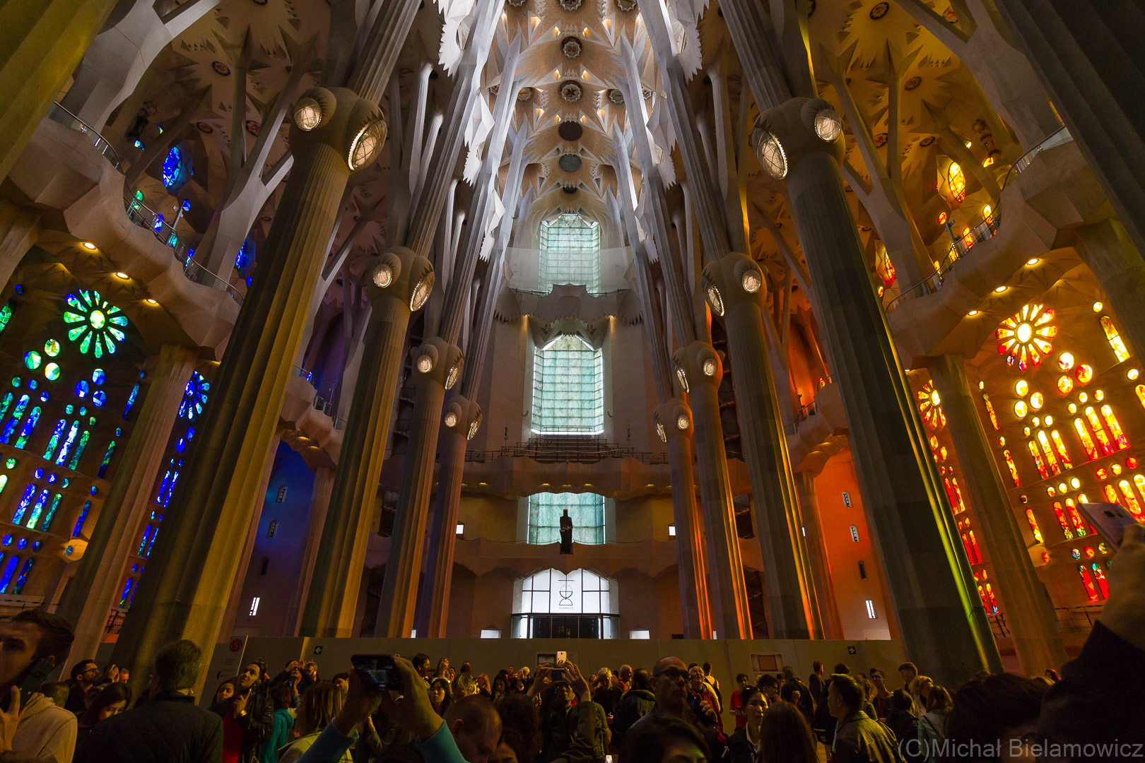 Sagrada Família, wnętrze